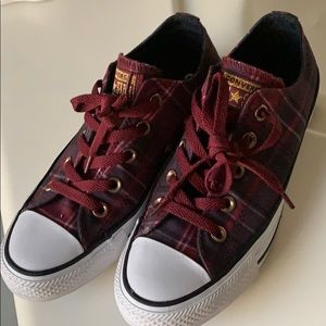 Converse Plaid All Star Maroon/ Black shoes size 6